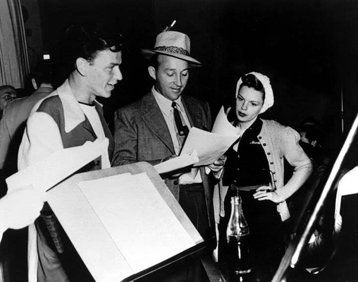 Frank Sintra, Judy Garland on Bing Crosby and Command Performance