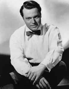 Orson Welles looking sharp in a bowtie.