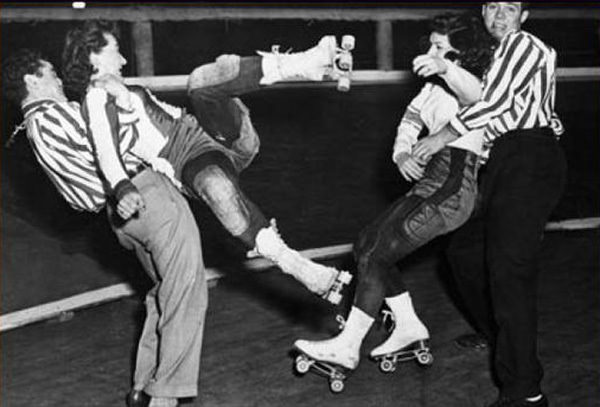 Roller Derby Fight