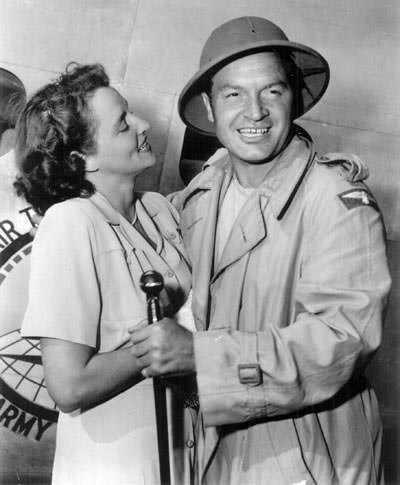 Bob Hope with wife Dolores in USO tour