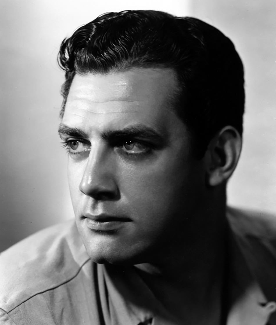 Raymond Burr in Fort Laramie