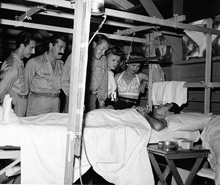 Bob Hope & Jerry visit wounded soldier