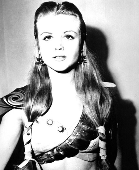 Angela Landsbury in 1939