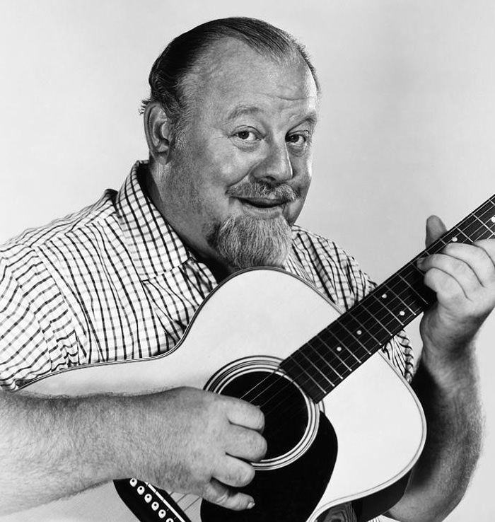 Burl Ives Sings