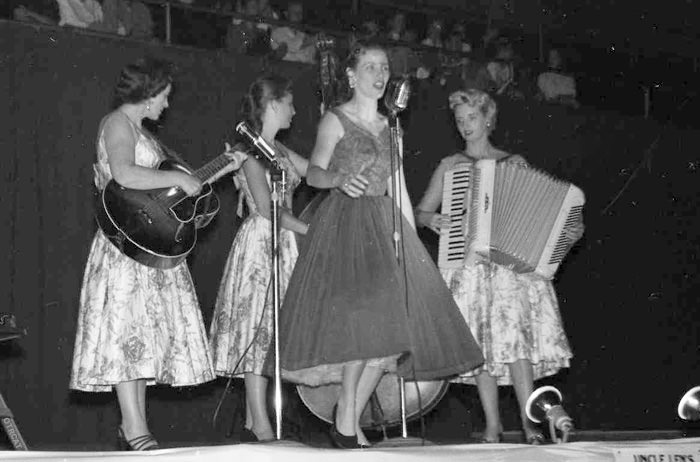 Carter Sisters 1947