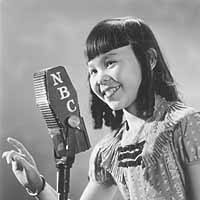 Young Barbara Jean Wong: Chinese Shirley Temple at Microphone