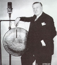 Major Bowes and His Gong