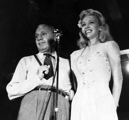 Jack Benny and Carol Landis