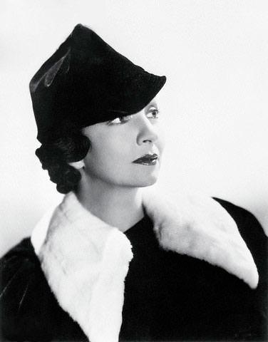 Joan Blaine