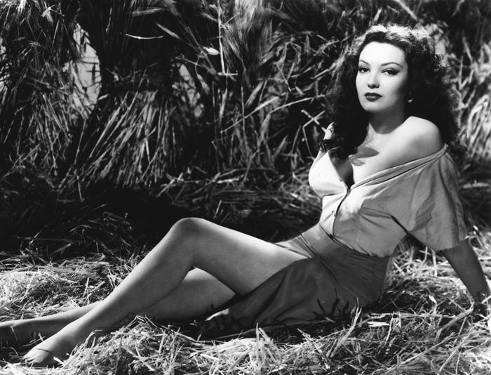 Linda Darnell Pinup
