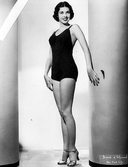 Maxine Grey
