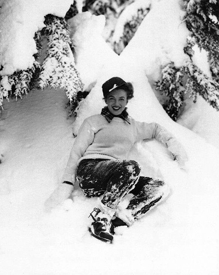 Norma Jean in the Snow, 1940s