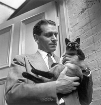 Laurence Olivier and ... OTRCAT?!